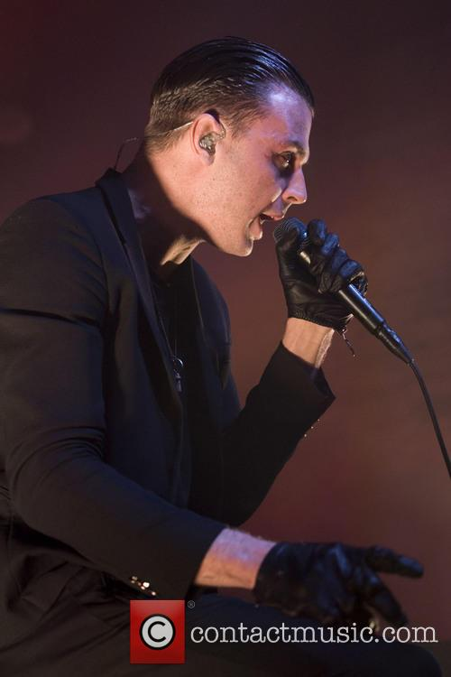 Theo Hutchcraft and Hurts 14