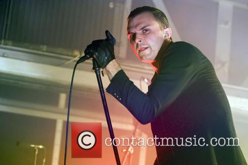 Theo Hutchcraft and Hurts 15