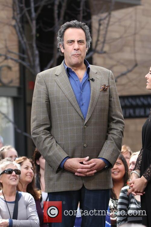 Brad Garrett, The Grove