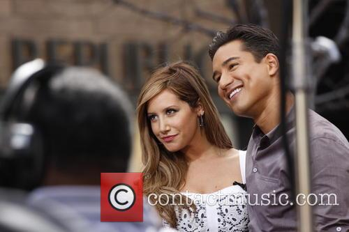 Ashley Tisdale, Mario Lopez