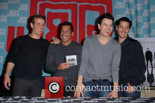 Joey Mcintyre, Danny Wood, Jordan Knight, Jonathan Knight, New Kids On The Block and Nkotb 8