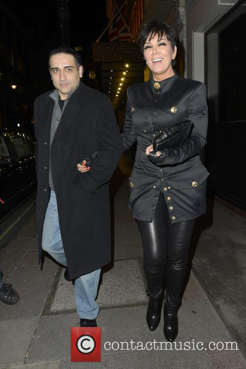kris jenner kardashians out in london 3585053