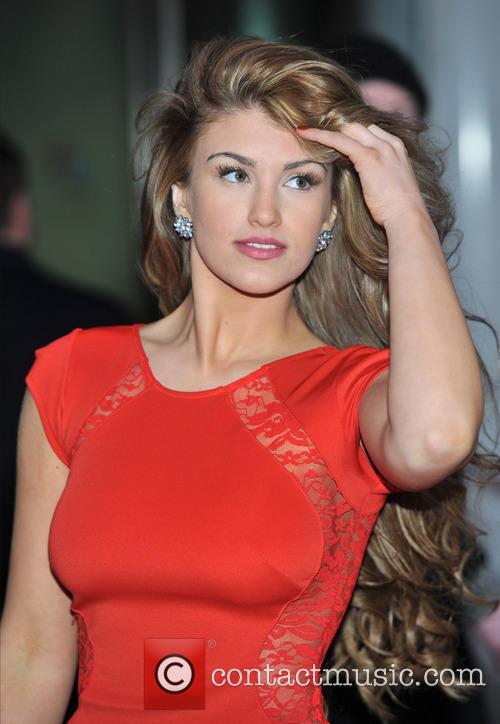 Amy Willerton 28