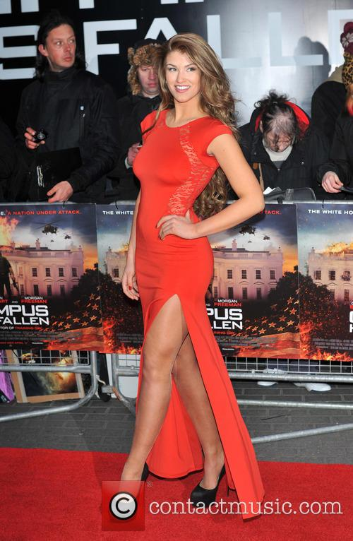 Amy Willerton 32