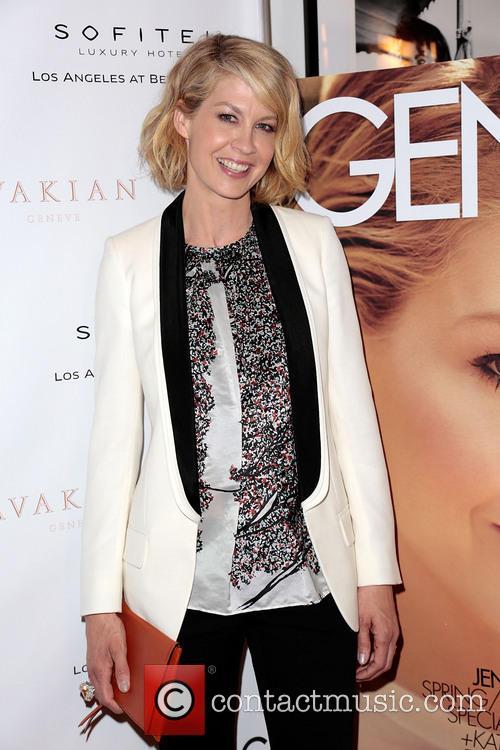 Jenna Elfman 10