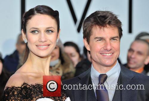 Tom Cruise and Olga Kurylenko 8