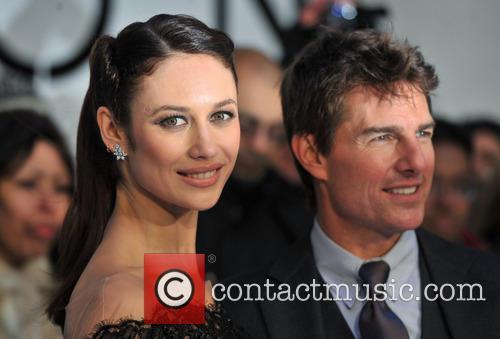 Tom Cruise and Olga Kurylenko 10
