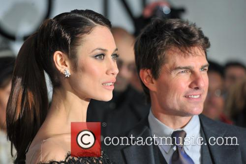 Tom Cruise and Olga Kurylenko 11