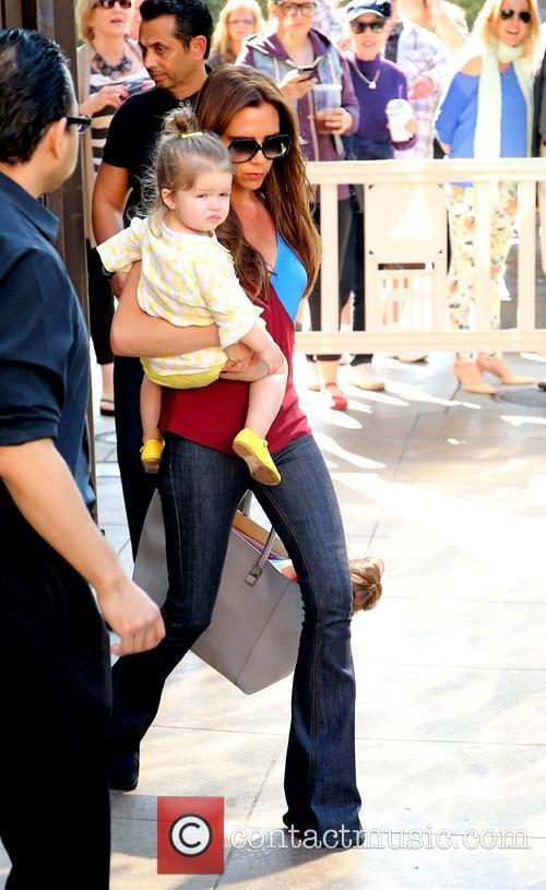Harper Beckham and Victoria Beckham 7