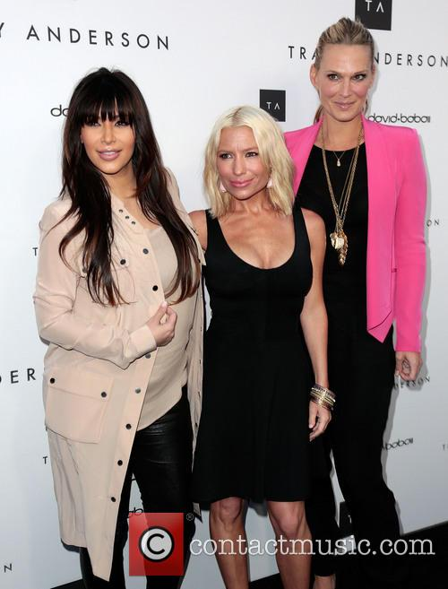 Kim Kardashian, Tracy Anderson and And Molly Sims 10