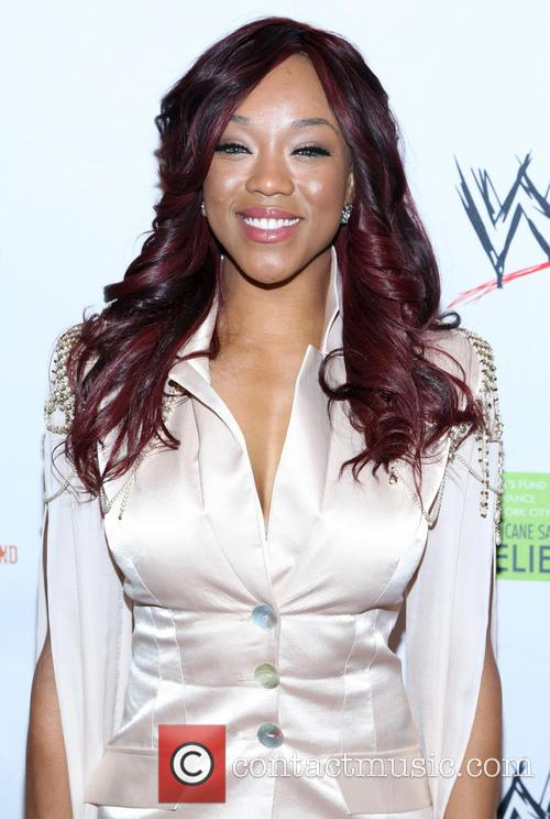 alicia fox wwe superstars for sandy relief 3587926