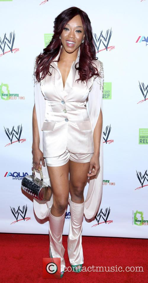 alicia fox wwe superstars for sandy relief 3587951