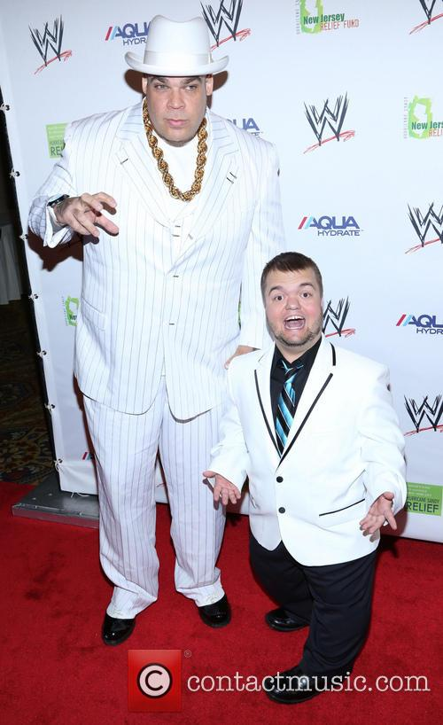 Brodus Clay and Hornswoggle 2