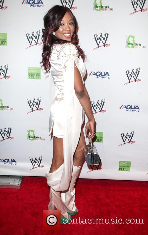 Alicia Fox 4