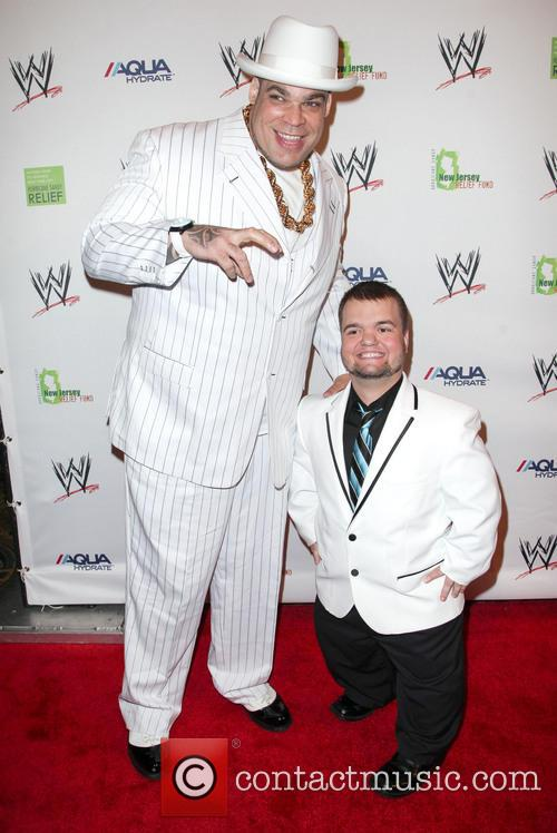 Brodus Clay and Hornswoggle 3