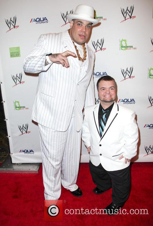Brodus Clay and Hornswoggle 1
