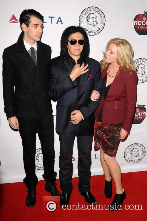 Nick Simmons, Gene Simmons and Shannon Tweed 2