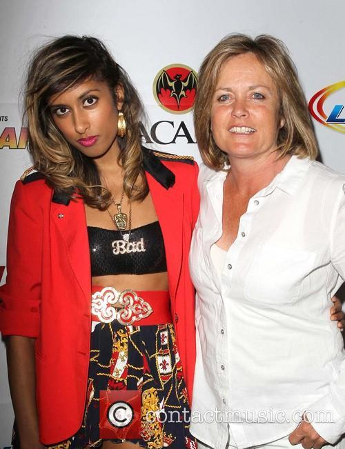 Anjulie and Mariah Hanson 5
