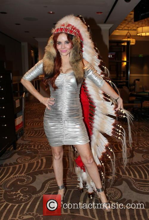 phoebe price opportunity village celebrity poker tournament 3595246