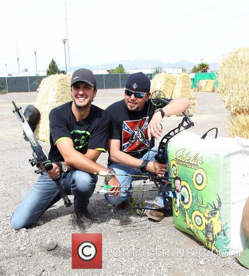 Luke Bryan and Jason Aldean 7
