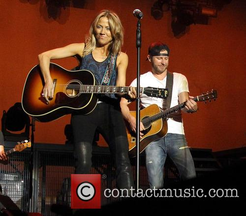 Cheryl Crow and Dierks Bentley 6