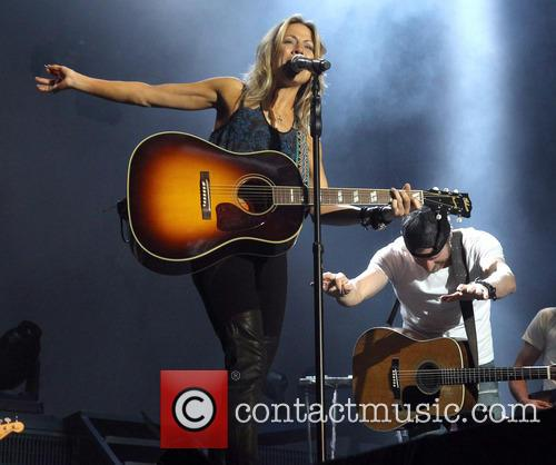 Cheryl Crow and Dierks Bentley 9