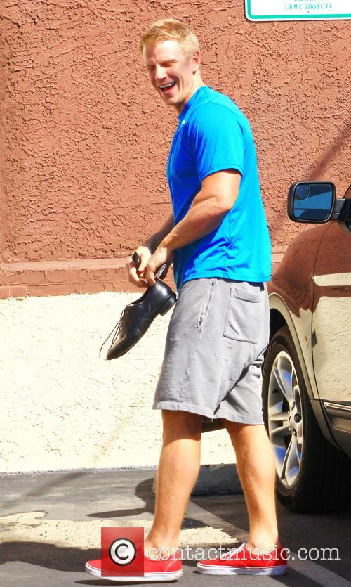 Sean Lowe arrives at the studios