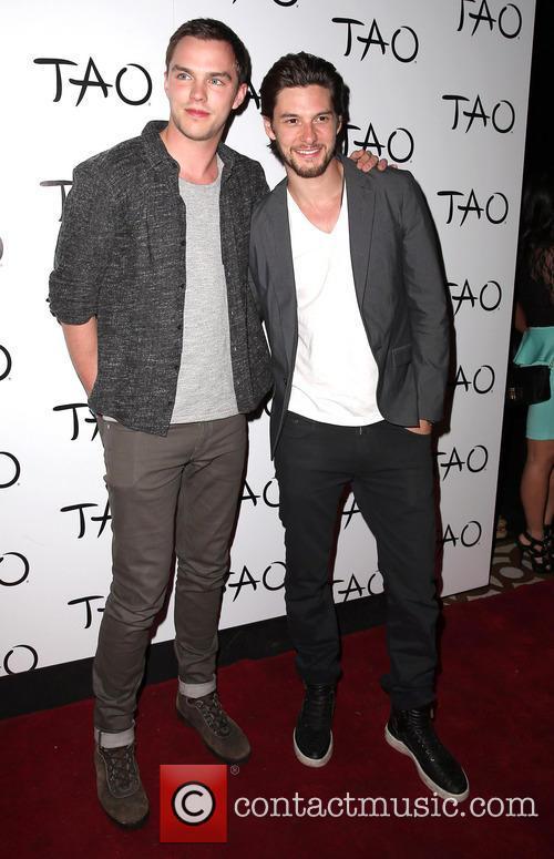 Nicholas Hoult and Ben Barnes 1