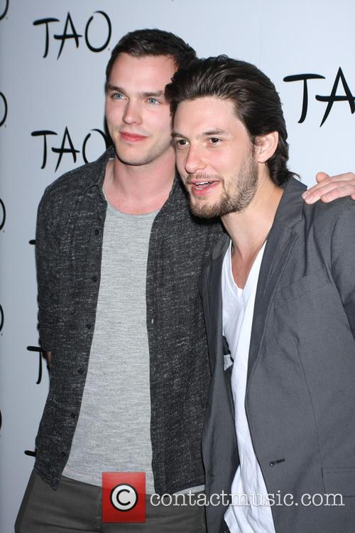 Nicholas Hoult and Ben Barnes 3