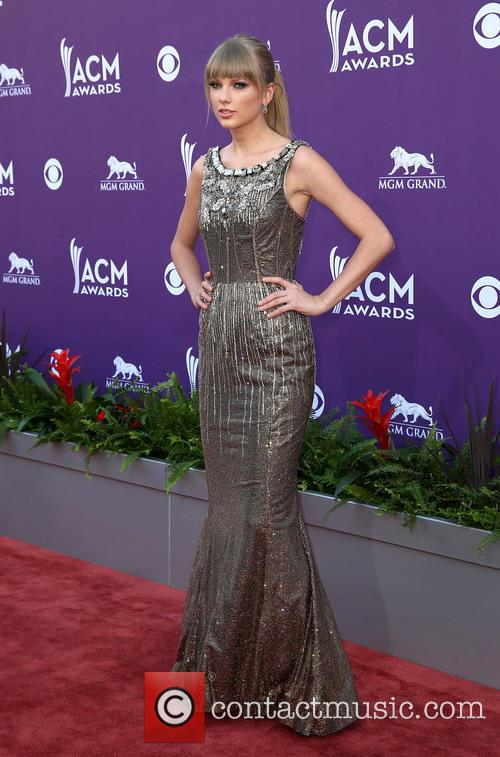 taylor swift 48th annual acm awards arrivals 3590540