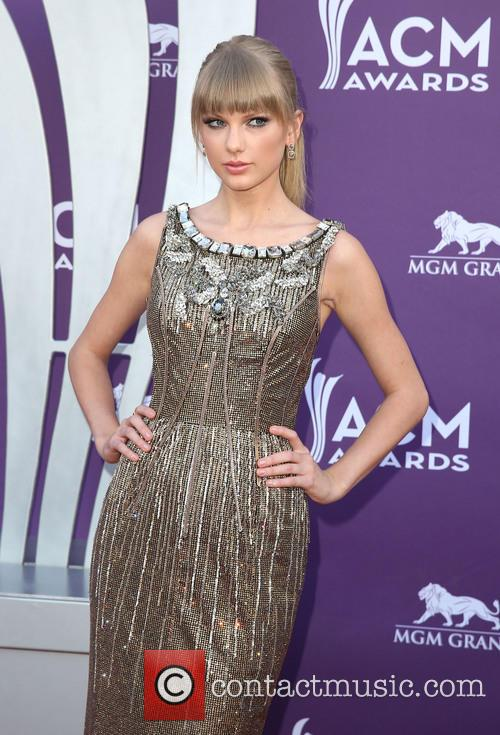 taylor swift 48th annual acm awards arrivals 3590566