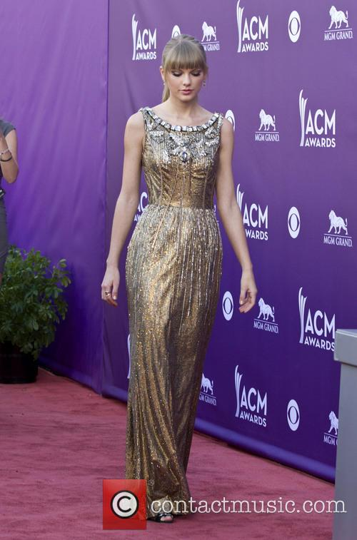 taylor swift 48th annual acm awards arrivals 3590510