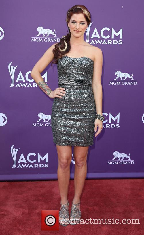 cassadee pope 48th annual acm awards 3590643