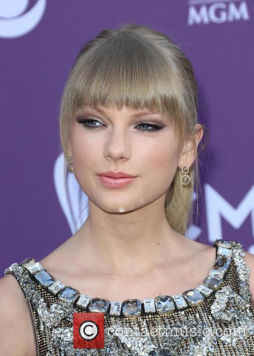 taylor swift 48th annual acm awards held 3593264