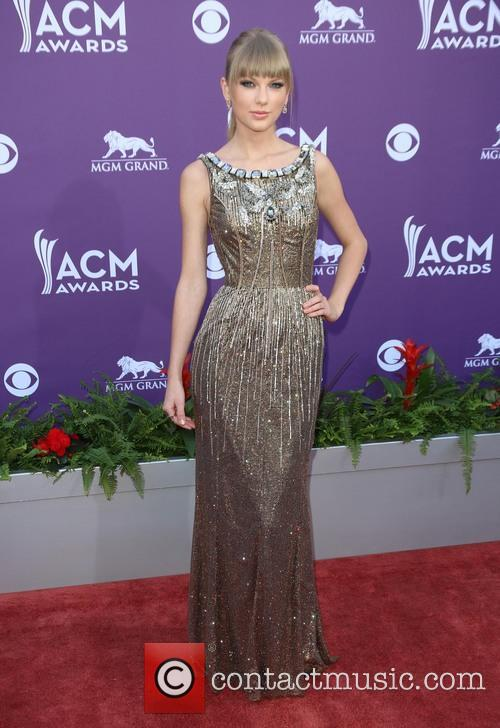 taylor swift 48th annual acm awards held 3593273