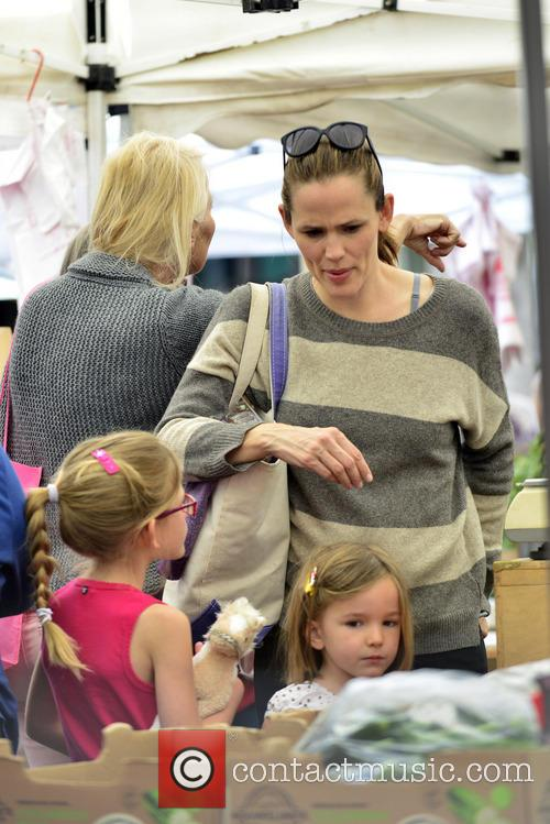 Jennifer Garner, Violet Affleck and Seraphina Affleck 9