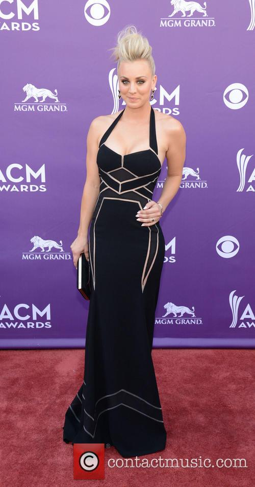 kaley cuoco academy of country music awards 3590852