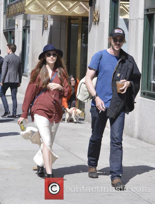 Elizabeth Olsen and Boyd Holbrook 9