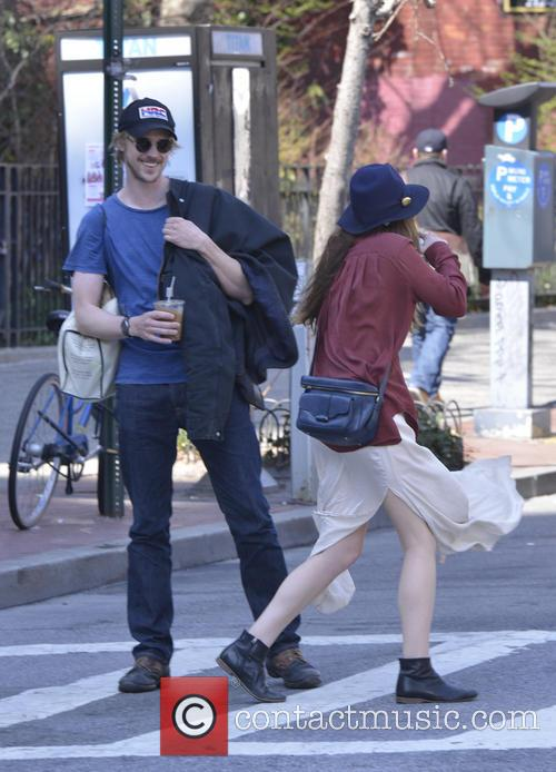 Elizabeth Olsen and Boyd Holbrook 11