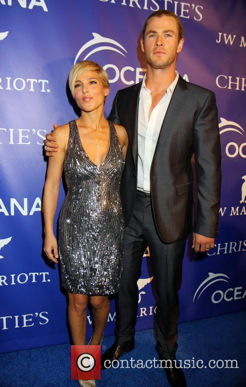Elsa Pataky and Chris Hemsworth 12