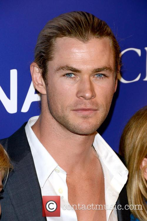 chris hemsworth inaugural oceana ball 3595925