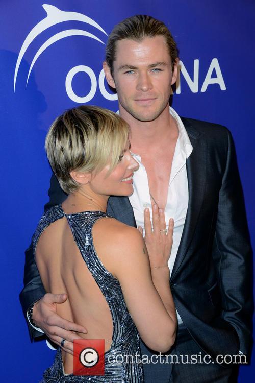 Elsa Pataky and Chris Hemsworth 27