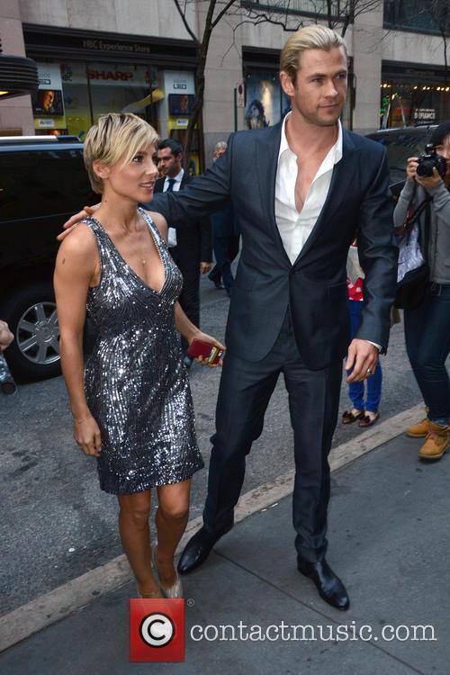 Elsa Pataky and Chris Hemsworth 33