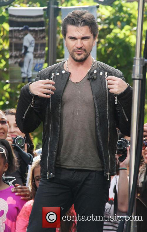 juanes celebrities at the grove 3591846