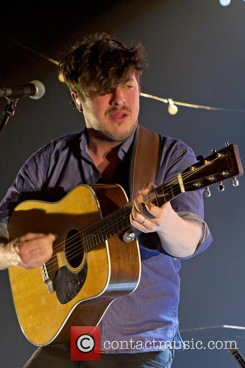 Mumford, Sons and Falconer Hall 14