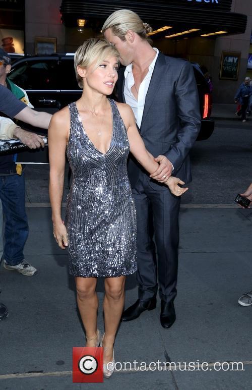 Elsa Pataky and Chris Hemsworth 21