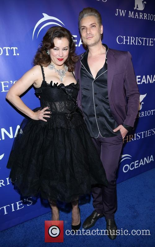 Jennifer Tilly 11