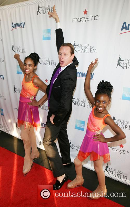 Carson Kressley and Students Of Figure Skating In Harlem 4