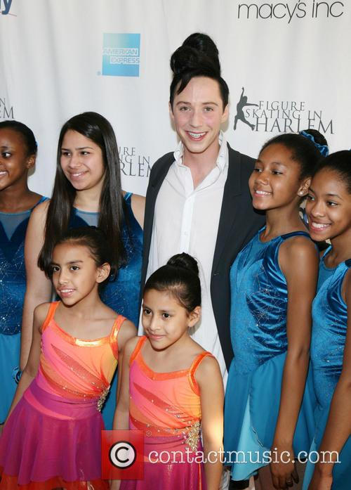 Johnny Weir and Students Of Figure Skating In Harlem 6