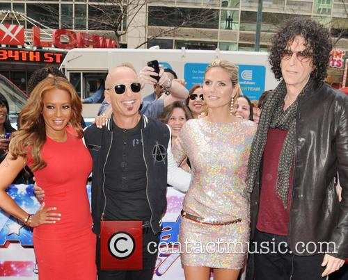 Melanie Brown, Mel B, Howie Mandel, Heidi Klum and Howard Stern 3